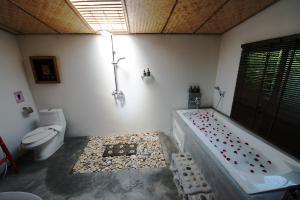 Bora Bora Villa Phuket, Szállodák  Csalong - big - 14