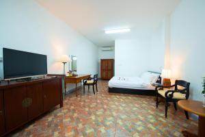 Bora Bora Villa Phuket, Szállodák  Csalong - big - 9