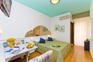 Hotel Victoria, Hotely  Bibione - big - 32