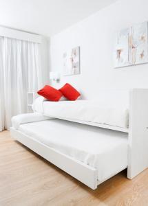 Aequora Lanzarote Suites, Hotely  Puerto del Carmen - big - 12
