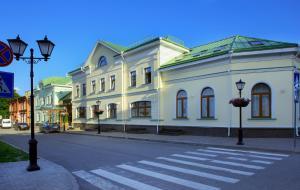 Dvor Podznoeva - Main Building