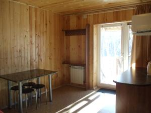 Holiday House on Lugovaya street, Holiday homes  Novoabzakovo - big - 6