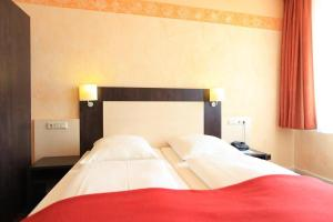 Adesso Hotel Astoria, Hotely  Kassel - big - 18