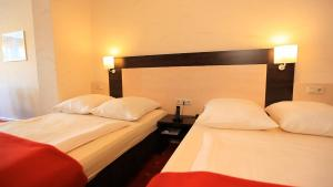 Adesso Hotel Astoria, Hotely  Kassel - big - 9