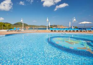 Invisa Hotel Club Cala Verde, Hotels  Es Figueral Beach - big - 17
