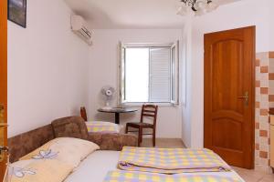 Apartments Villa Supertom, Apartmanok  Povljana - big - 6