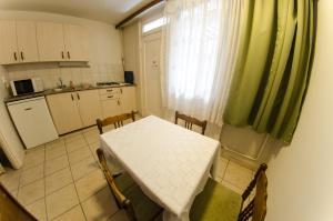Solar Club Hotel, Aparthotely  Sopron - big - 4