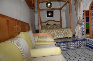 Riad Sabria, Riady  Sale - big - 17