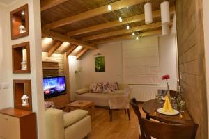 Villa Natural Wood, Ferienwohnungen  Zlatibor - big - 11