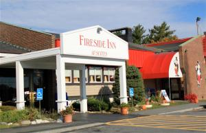 Fireside Inn & Suites Waterville, Отели  Waterville - big - 1