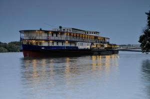 Aquamarina Hotel, Imbarcazioni  Budapest - big - 42