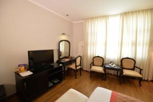 Hoa Binh 1 Hotel, Отели  Long Xuyên - big - 7