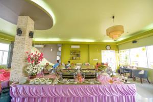 Hoa Binh 1 Hotel, Отели  Long Xuyên - big - 10