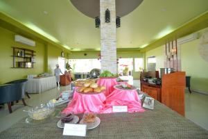 Hoa Binh 1 Hotel, Отели  Long Xuyên - big - 20