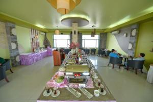 Hoa Binh 1 Hotel, Отели  Long Xuyên - big - 19