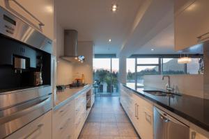 Taimana Central Apartment, Apartmanok  Queenstown - big - 8