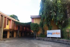 Pinoy Pamilya Hotel, Szállodák  Manila - big - 41