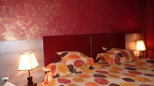 4 ApartsHotel Galati Faleza, Ferienwohnungen  Galaţi - big - 28