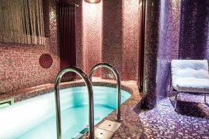 Diamond Apartment private pool & jacuzzi