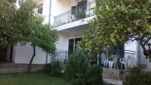 Apartments Milan, Гостевые дома  Херцег-Нови - big - 46
