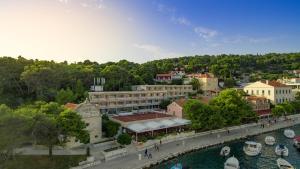 Delfin Harbourcourt Hvar Hotel