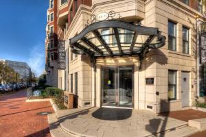M Street Apartment by Stay Alfred, Апартаменты  Вашингтон - big - 25