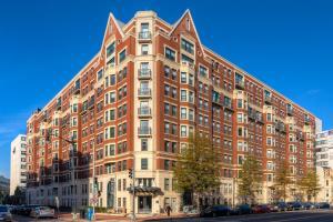 M Street Apartment by Stay Alfred, Апартаменты  Вашингтон - big - 24
