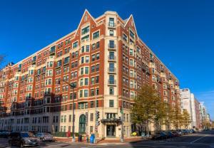 M Street Apartment by Stay Alfred, Апартаменты  Вашингтон - big - 1