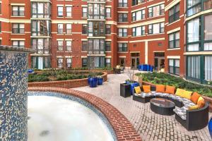 M Street Apartment by Stay Alfred, Апартаменты  Вашингтон - big - 12
