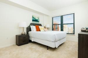 M Street Apartment by Stay Alfred, Апартаменты  Вашингтон - big - 15