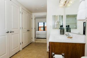 M Street Apartment by Stay Alfred, Апартаменты  Вашингтон - big - 11
