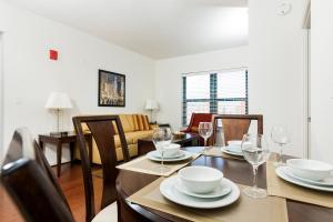 M Street Apartment by Stay Alfred, Апартаменты  Вашингтон - big - 9
