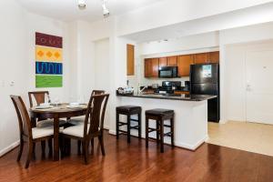 M Street Apartment by Stay Alfred, Апартаменты  Вашингтон - big - 5