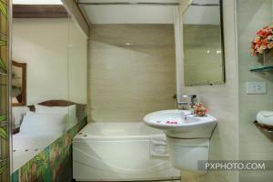 Luminous Viet Hotel, Отели  Ханой - big - 26