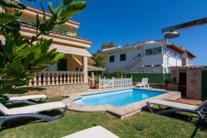 Goleta, Apartmanházak  Playa de Muro - big - 10