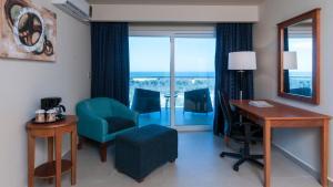 Holiday Inn Express Cabo San Lucas, Szállodák  Cabo San Lucas - big - 34