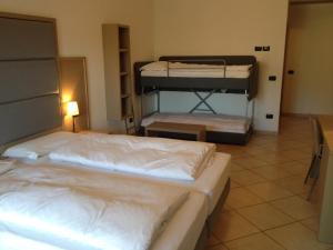 Villa Franca, Hotel  Nago-Torbole - big - 52