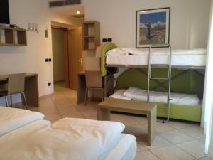 Villa Franca, Hotel  Nago-Torbole - big - 46