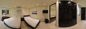 Deluxe Room with Two Beds