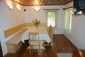 Lazarovata House