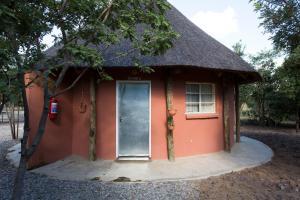 Mokorro Game Ranch and Lodge, Lodge  Chingola - big - 2