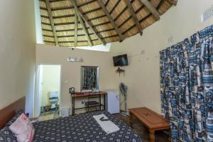Mokorro Game Ranch and Lodge, Lodge  Chingola - big - 7
