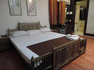Emerald Mayfair, Ferienwohnungen  Kalkutta - big - 4