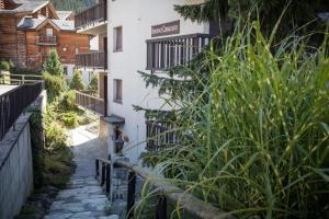 Apartment Corbassière 24, Apartmány  Verbier - big - 8