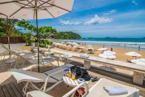 Chez Pitu Praia Hotel, Отели  Бузиус - big - 63