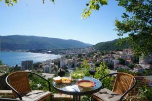 Apartment Topla, Apartments  Herceg-Novi - big - 1