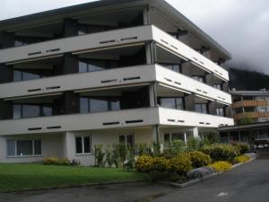 Alpen-Fewo, Residenza Quadra 225, Apartments  Flims - big - 2