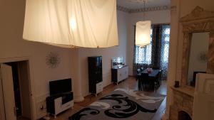 Apartment Neftchilar Prospect 5, Apartmány  Baku - big - 15