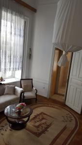 Apartment Neftchilar Prospect 5, Apartmány  Baku - big - 10