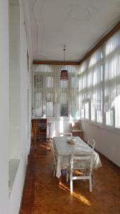 Apartment Neftchilar Prospect 5, Apartmány  Baku - big - 19